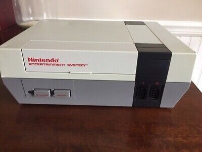 Used 1985 Nintendo NES-001 Entertainment System Action Set Console with Games