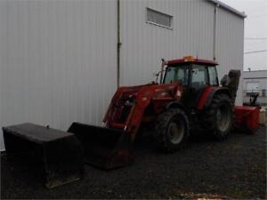 2003 CASE MAXXUM 120 WITH LOADER AND SNOWBLOWER AND SNOW PUSHER
