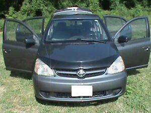 2005 TOYOTA ECHO ***** LOW LOW LOW LOW KM ***** E-TESTED *****