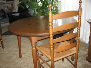 Confederation Pine dining room set London Ontario image 2