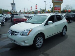 2013 NISSAN ROGUE S- POWER GLASS SUNROOF, NAVIGATION SYSTEM, REA