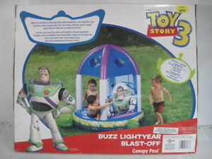 PISCINE GONFLABLE TOY STORY3 BUZZ LIGHTYEAR