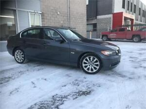 BMW 330Xi 2006 AWD/ AUTO/ CUIR/ MAGS/ TOIT OUVRANT/ AC/ Clean ca