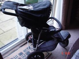 Mothercare Xtreme Travel System,with Car seat.Rain cover,CosyToes,Pump-Complete.