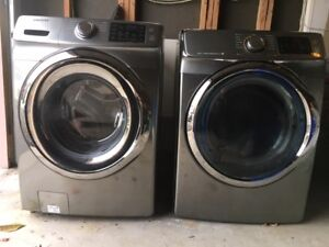 SAMSUNG FULL SIZE WASHER FOR SALE AS IS, NEEDS REPAIR