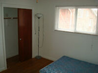VERY NICE CLEAN ROOM FOR MARCH FURNISHED !!!!