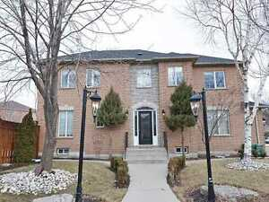 WHOLE HOUSE FOR RENT IN VAUGHAN