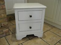 White bed side cabinet