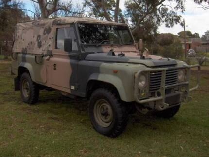 89 LAND ROVER 110 3.9 LTR 4X4 FFR SOFT TOP CAB CHASSIS UTE! Mordialloc Kingston Area Preview