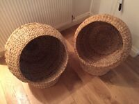 2x Wicker cat baskets