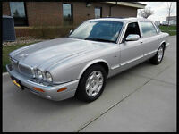 2001 Jaguar XJ8 Vanden Plas Sedan