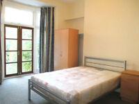 2 bedroom flat in Stanley Gardens, Willesden Green, NW2