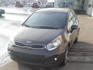 2013 KIA RIO SX UVO+ECO,BLUETOOTH,IMMACULATE CONDITITION,LOW KM!