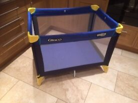 Graco travel cot - excellent condition