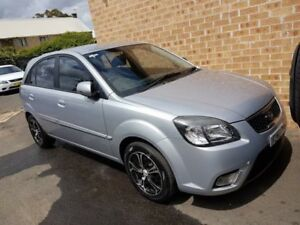 2010 Kia Rio JB MY11 Sports Silver 4 Speed Automatic Hatchback Campbelltown Campbelltown Area Preview