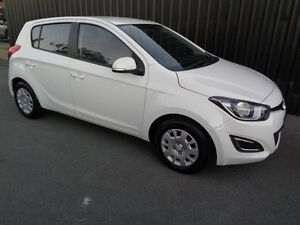 2015 Hyundai i20 PB MY14 Active White 6 Speed Manual Hatchback Chifley Woden Valley Preview