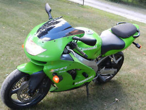 KAWASAKI ZX9R GREAT BIKE  BUT ITS GOT TO GO !