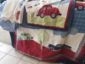 Youth twin bedding set