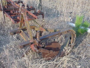 Old 3 point hitch 2 bottom plow