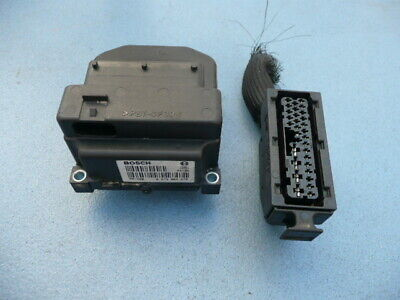 Fiat Punto ABS control module & connector by Bosch - Part No 0273004672 (#2767)