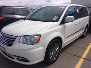 2013 CHRYSLER TOWN & COUNTRY TOURING LEATHER LOW KILOMETERS