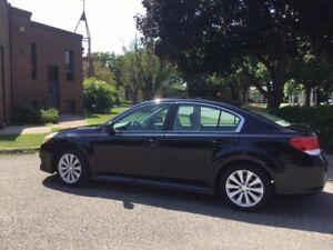Chance à ne pas laisser passer.  Subaru Legacy Sedan, 2010