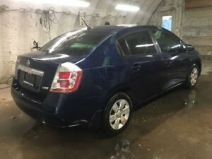 Excellent car 2010 Sentra se one owner