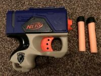 Nerf N-Strike Reflex gun with 2 darts