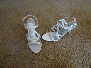 """""""WOMEN'S PROM, BRIDAL SPECIAL OCCASION """"SEQUINED"""" SHOES..NIB"""""""