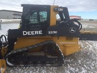 JOHN DEERE 323E TRACK LOADER DEMO CLEARANCE SALE