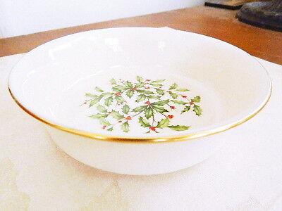 Lenox China HOLIDAY Gold Fruit Bowl (S) - MINT, UNUSED CONDITION! Lenox Holiday Fruit Bowl