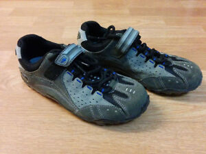 Specialized Taho women SPD shoes.