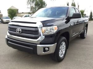 2014 Toyota Tundra SR5 DOUBLECAB 4X4 Accident Free,  Back-up Cam