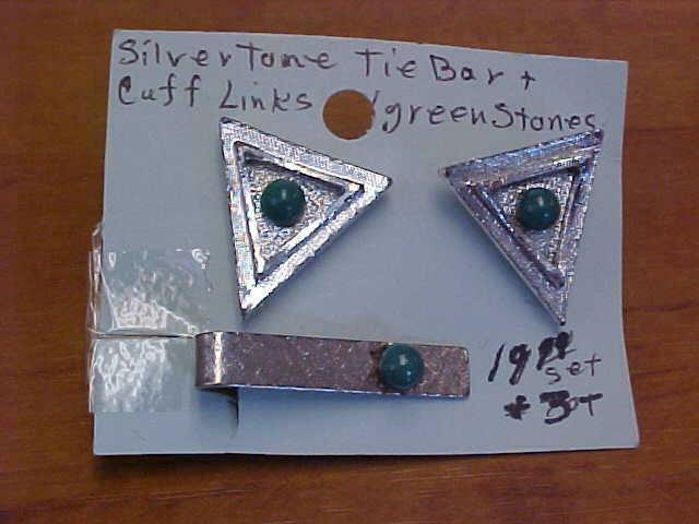 Tie Bar with Matching Cuff Links Silver Tone with Tiny Green Stone    #16361C