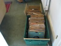 MASSIVE COLLECTION OF 275 SHELLAC 78 RPM RECORDS FROM THE 40s AND 50s EASY LISTENING