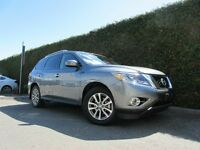 2015 Nissan Pathfinder SV, AWD, LEATHER, BACK UP CAMERA & SENSOR