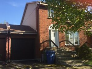 Beautiful house for rent - Pointe Claire WITH GARAGE