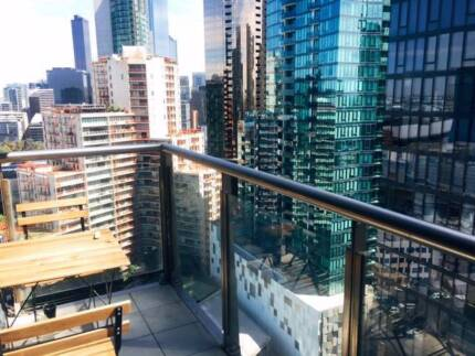 SOUTHBANK NEW APARTMENT / 2nd room / Looking for share mate
