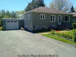 **OPEN HOUSE SUNDAY JUNE 25TH 1PM-4PM**