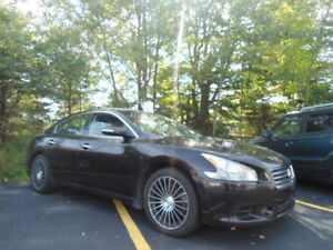 LUXURY- HEATED STEERING WHEEL! 2011 MAXIMA- 109 BI WEEKLY OAC !
