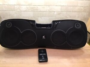 Logitech Black Rechargeable Ipod and iPhone Dock/Speaker