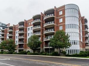 CONDO located onthe 4th floor - 2 bathrooms