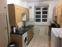 *AWESOME DOUBLE ROOM IN LIMEHOUSE