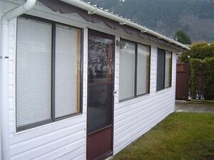 !!!CULTUS LAKE VACATION HOME WEEKLY/MONTHLY RENTAL