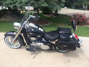 2011 Suzuki Boulevard ~ MINT condition