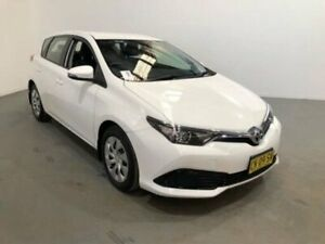 2017 Toyota Corolla ZRE182R MY17 Ascent White 7 Speed CVT Auto Sequential Hatchback Kooringal Wagga Wagga City Preview