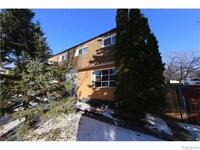WALKING DISTANCE TO U OF M ON DALHOUSIE DRIVE