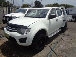 2014 Mitsubishi Triton MN MY14 Update GLX (4x4) White 5 Speed Manual 4x4 Double Cab Chassis Sandgate Newcastle Area Preview