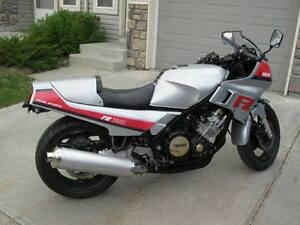 AWESOME 1985 Yamaha FZ 750.  Rebuilt, Restored, Modified