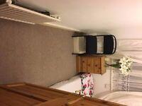 Single room in beautiful house in beautiful house in Thornton Heath. £300pcm.CR7 6EN.